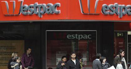 Una pareja se fuga luego de que el banco le depositara por error 6 millones de dólares