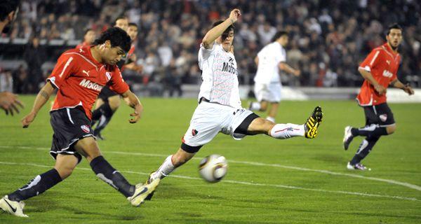 Pesadilla de Newells: cayó sin atenuantes ante Independiente por 4 a 0