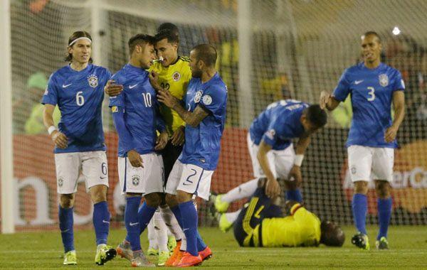 El brasileño protagonizó un escándalo en el final del choque ante Colombia.