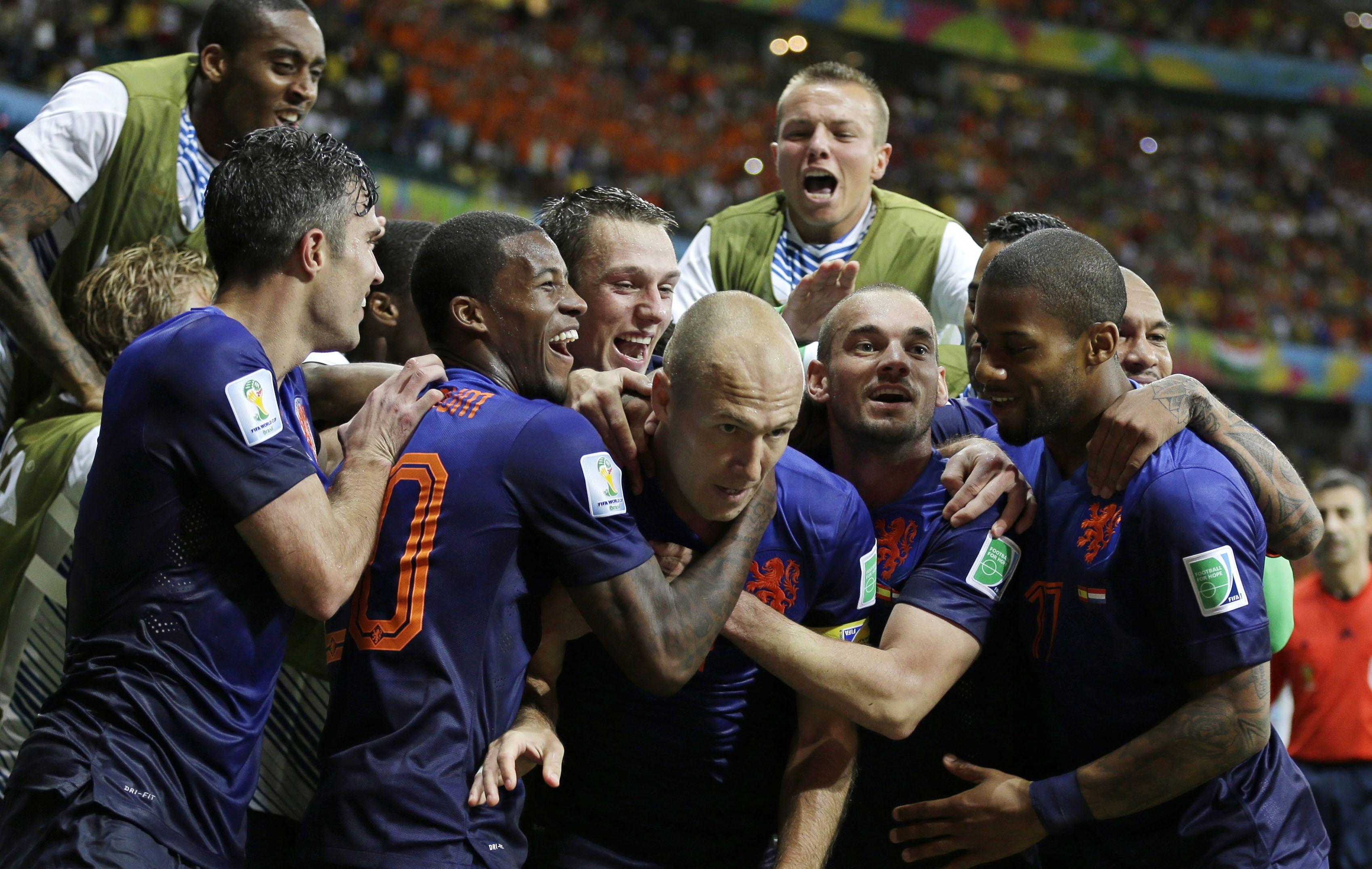 Todos los abrazos son para Robben