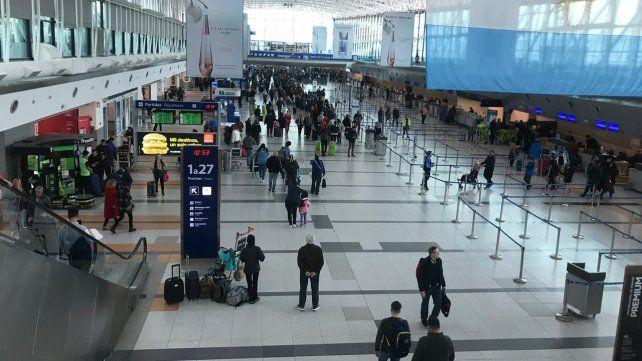 La provincia otorga licencia a trabajadores que vuelvan del exterior