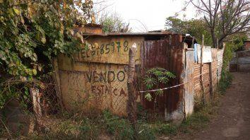 Leonardo Rodríguez fue ejecutado a balazos en un pasillo del empobrecido barrio Costa Esperanza de Villa Gobernador Gálvez. Vivía en los monoblocks de Parque Oeste en barrio Villa Urquiza.