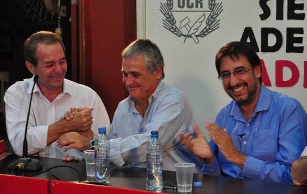 En el comité. Vila Ortiz y Pini Elía resaltaron la figura del ex presidente.