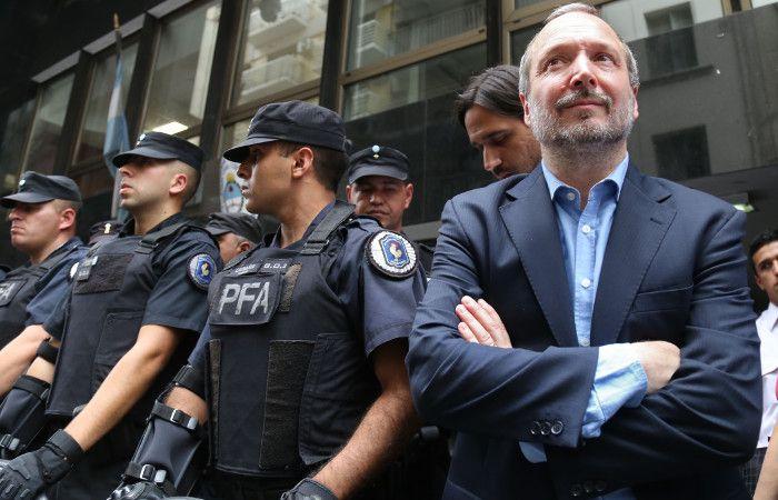 El gobierno apeló los fallos judiciales y Sabbatella no pudo ingresar a la Afsca