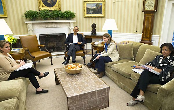 El primer mandatario de Estados Unidos ayer durante la reunión en el Salón Oval de la Casa Blanca.