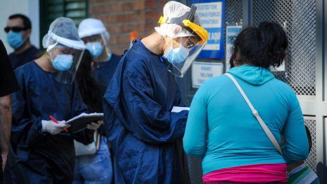 Los casos de coronavirus en Rosario siguen preocupando a las autoridades sanitarias.