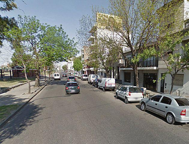Córdoba al 3600. El lugar donde esta mañana ocurrió el doble asalto.