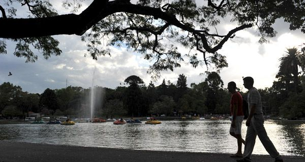 Los cinco mejores lugares para festejar el Día de los Novios en Rosario