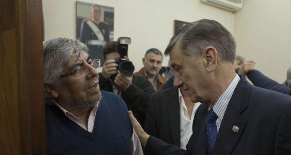 La disputa entre Moyano y el gobierno afecta a toda la sociedad, afirmó Binner