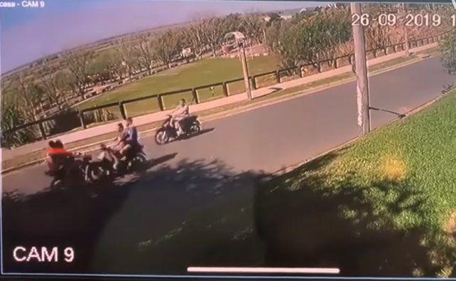 Cinco personas sufrieron heridas tras un tripe choque entre motos