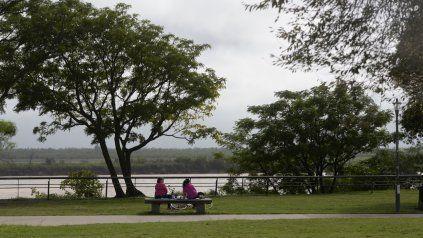 El viernes 23 de abril llega con anuncios de tiempo inestable y probables lluvias en la segunda parte del día.