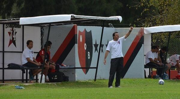 Gustavo Raggio reemplazará a Alfredo Berti en la conducción técnica leprosa.