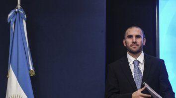 """La consolidación de esta tendencia por séptimo mes consecutivo """"es fundamental para fortalecer y darle previsibilidad a las finanzas públicas"""", afirmó la cartera que conduce Martín Guzmán."""