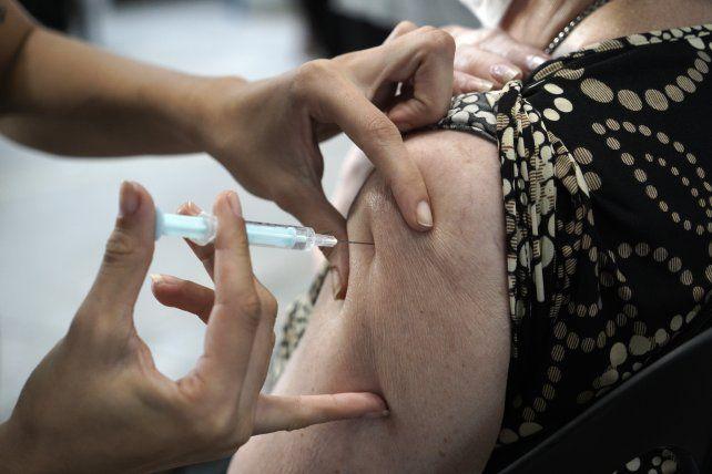 Santa Fe ya vacunó contra el coronavirus a casi la mitad de la población objetivo