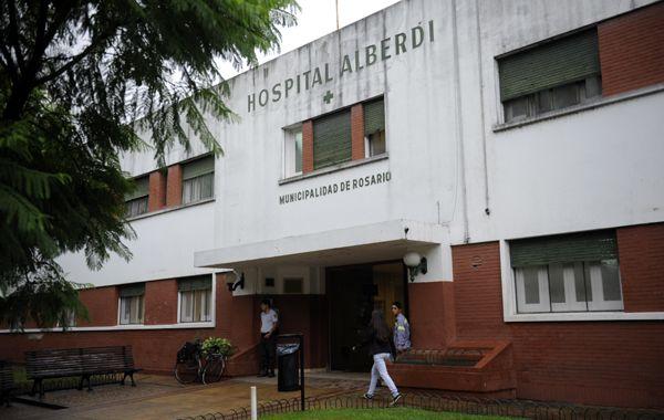 La gresca terminó con heridos en el hospital Alberdi. (foto: Sebastián Suárez Meccia)