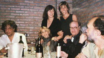 Grandes dibujantes, entre ellos Flor Balestra, junto a Quino