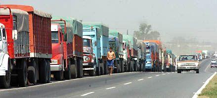 Lanzan fuerte operativo para  controlar la llegada de camiones
