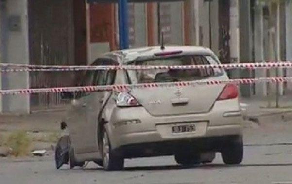 tragedia. El conductor del Nissan Tiida atropelló a los jóvenes en Haedo.