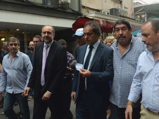 Daniel Scioli acompaña la candidatura de Omar Perotti en Santa Fe.