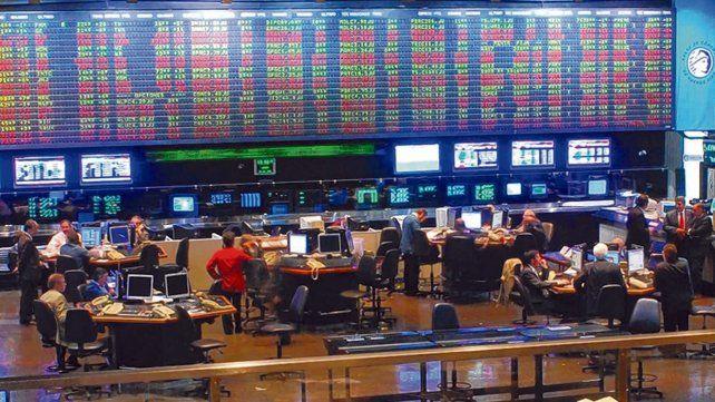 Arrastre. El mercado argentino viene golpeado por los efectos de la nueva crisis financiera internacional.