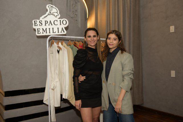 Emilia Nadef y Milagros Salvatierra