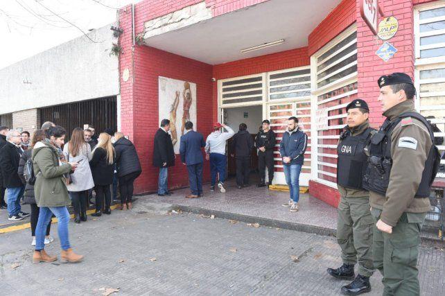 Expectativa por la llegada de Macri al Club Ciclón