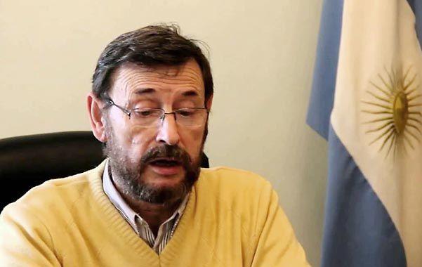 Accesible. Montizanti se prestó al diálogo con los vecinos preocupados por el aumento de muertes por cáncer.