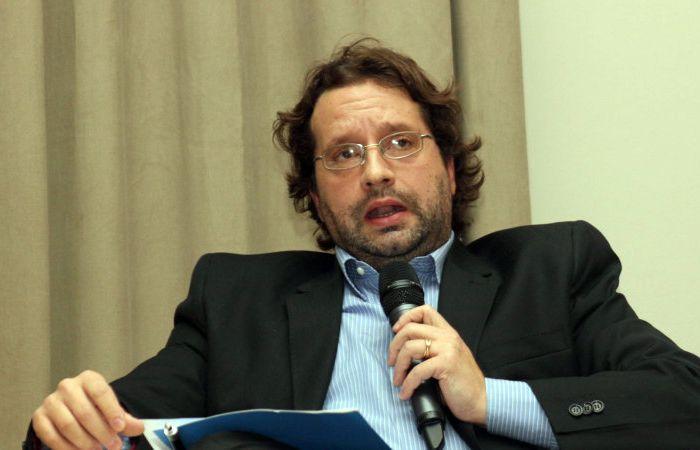 """El dirigente de UNA afirmó que Scioli """"no está llegando a los 40"""" puntos."""
