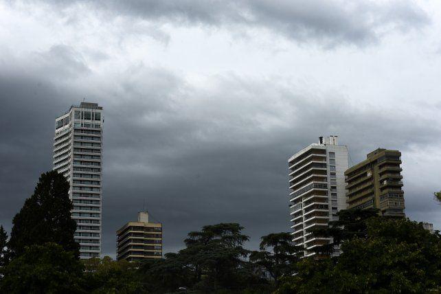 El pronóstico para hoy prevé para Rosario y la región una jornada inclemente
