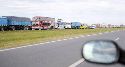Eliminan subsidios para transporte de carga y pasajeros en rutas nacionales