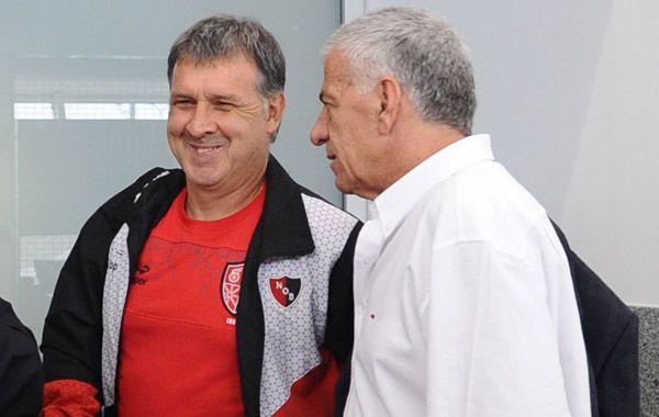 Lorente dijo que para definir el nuevo entrenador primero esperará lo que suceda con Newells en la Copa Libertadores.