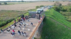 En el puente, ubicado en el distrito Oliveros, es un lugar que hoy está prácticamente en desuso.