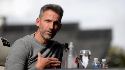 Bernardi dijo que hace tiempo venía planificando este nuevo trabajo, dejando de lado el rol de entrenador.