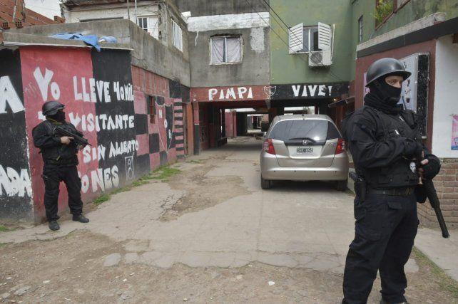 Fein: Hay que ir a buscar a los violentos a las cuevas donde se esconden y meterlos presos