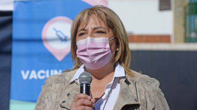 Martorano instó a la población a vacunarse y mantener los cuidados.