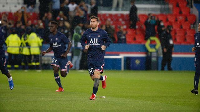 Messi salió a los 76 minutos del encuentro con Lyon.