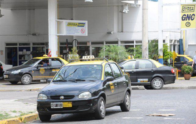 El aumento del GNC pega de lleno en bolsillo de los taxistas.