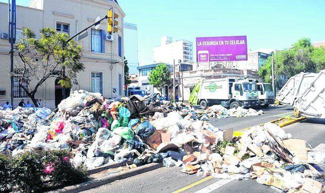 corte y caos. La Municipalidad se vio sorprendida por la escala de la protesta y presentó una denuncia en Fiscalía.
