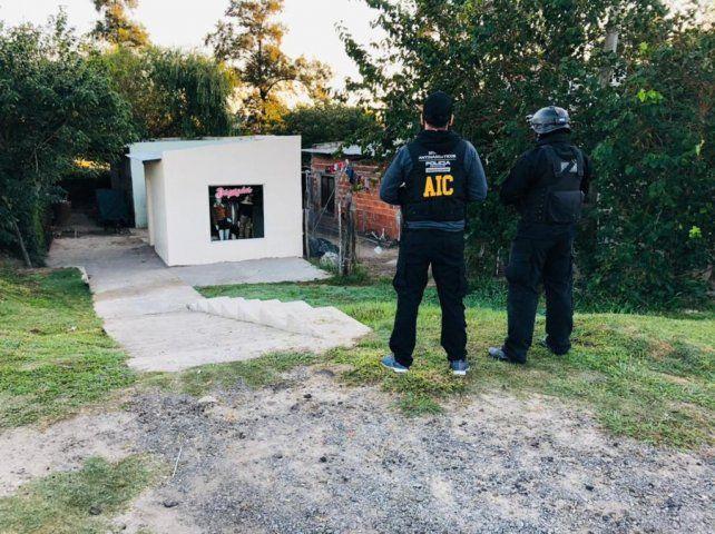 Los allanamientos se realizaron en cuatro viviendas de la misma cuadra de un barrio de Reconquista.