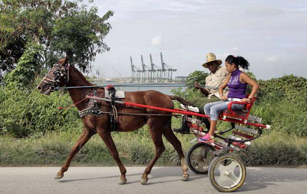 Al trote. La Habana dotó al puerto de Mariel de una terminal para grandes buques y de una zona franca industrial.