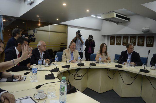 Los gobernadores debaten sobre el aumento salarial docente en la sede delel Consejo Federal de Inversiones (CFI).