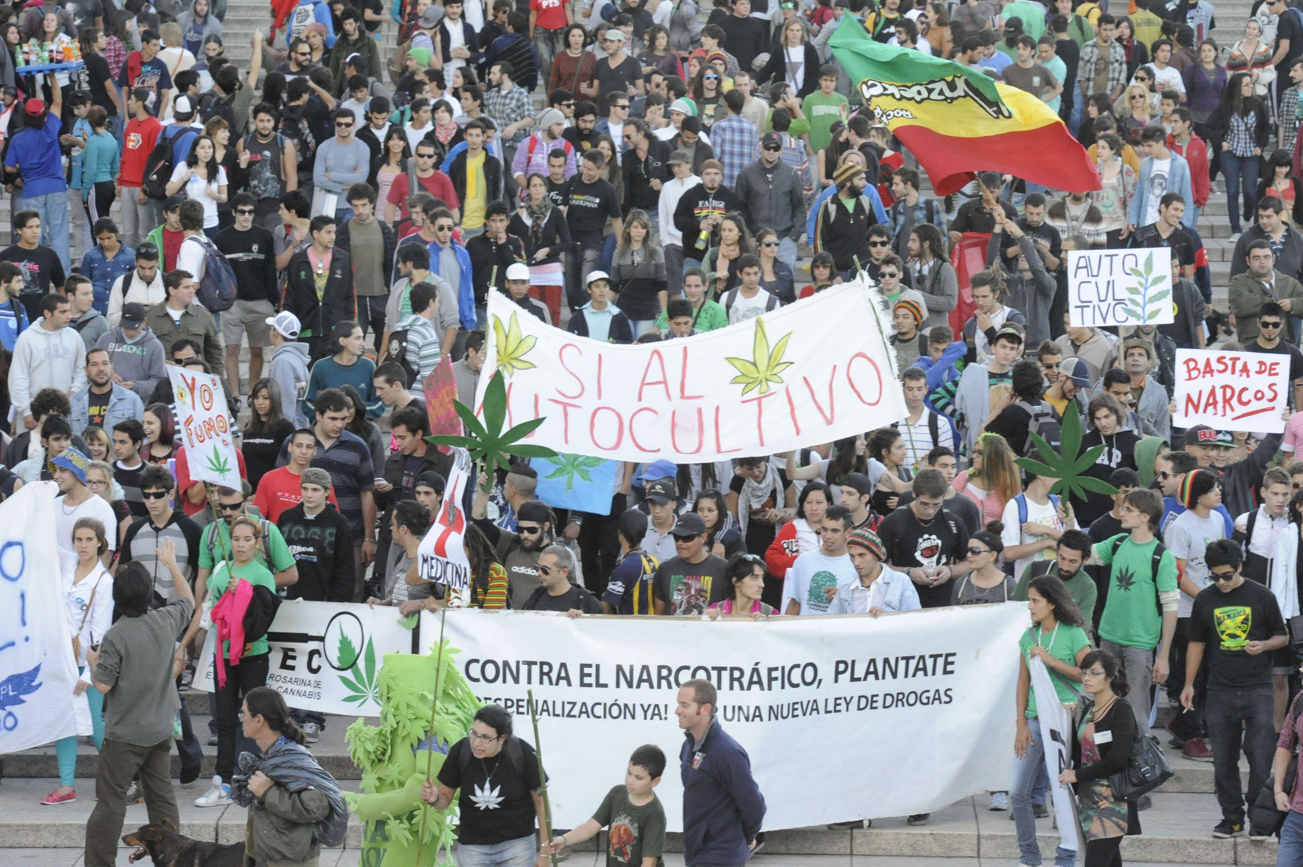 Rosario se sumó a las marchas organizadas a escala global para pedir la legalización de la marihuana.