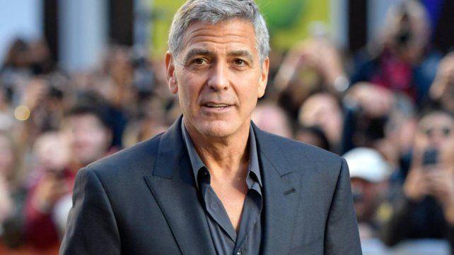 George Clooney regaló millones de dólares a sus amigos