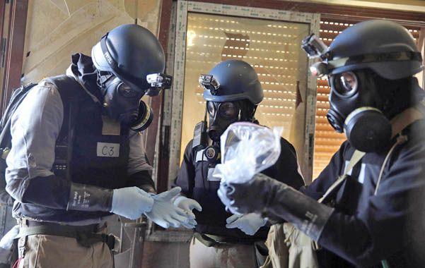 Pericia. Expertos de la ONU toman muestras en Al Ghouta