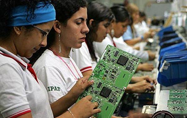 Polo. La fábrica de Samsung en Manaos es la más grande de América latina.