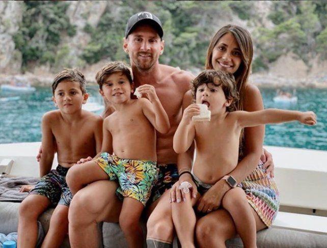 Antonela Roccuzzo presentó al nuevo integrante de la familia Messi