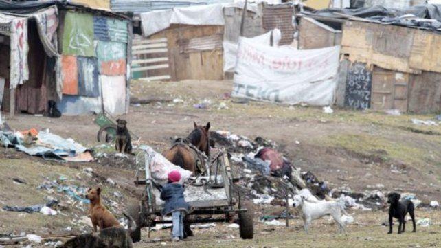 El Gran Rosario ocupa el 19º lugar dentro de los aglomerados en materia de porcentaje de población bajo la línea de la pobreza.