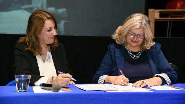 Fein y Balagué firmaron esta mañana un convenio para el Presupuesto Participativo Joven.
