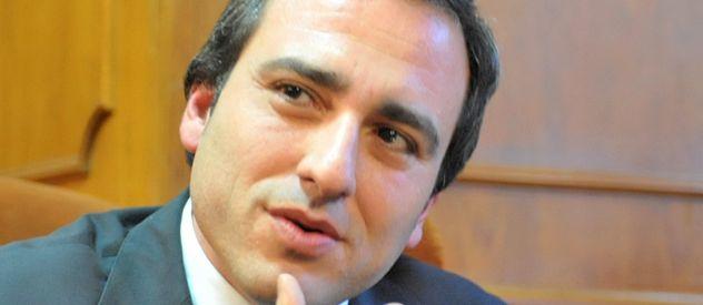 Cachi Martínez dijo que Binner actúa como el avestruz.