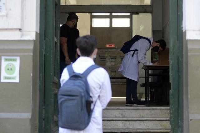 El municipio buscará evitar excesos en los festejos por el último primer día de clases